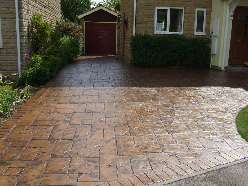 Concrete cleaners in Castleford