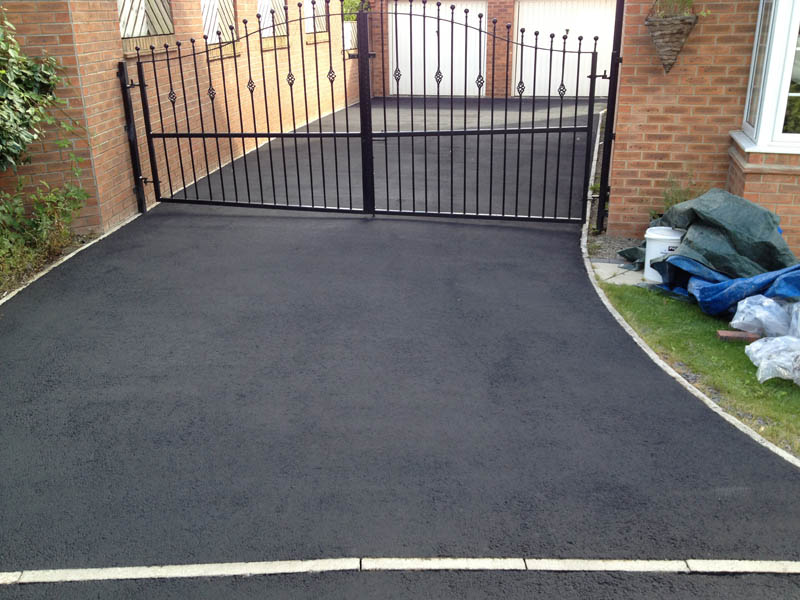 Tarmac cleaning Wakefield