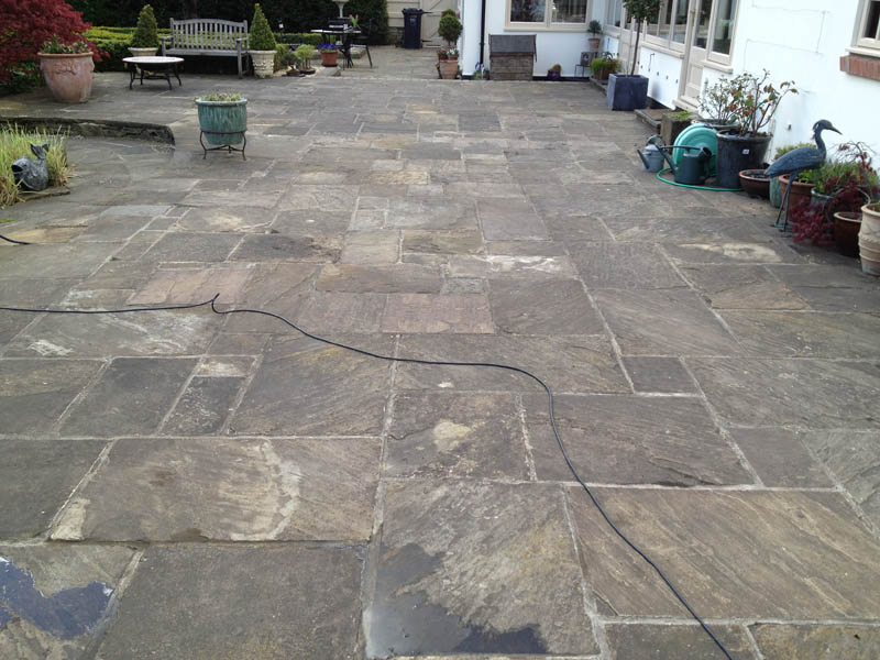 Patio cleaning in Pontefract