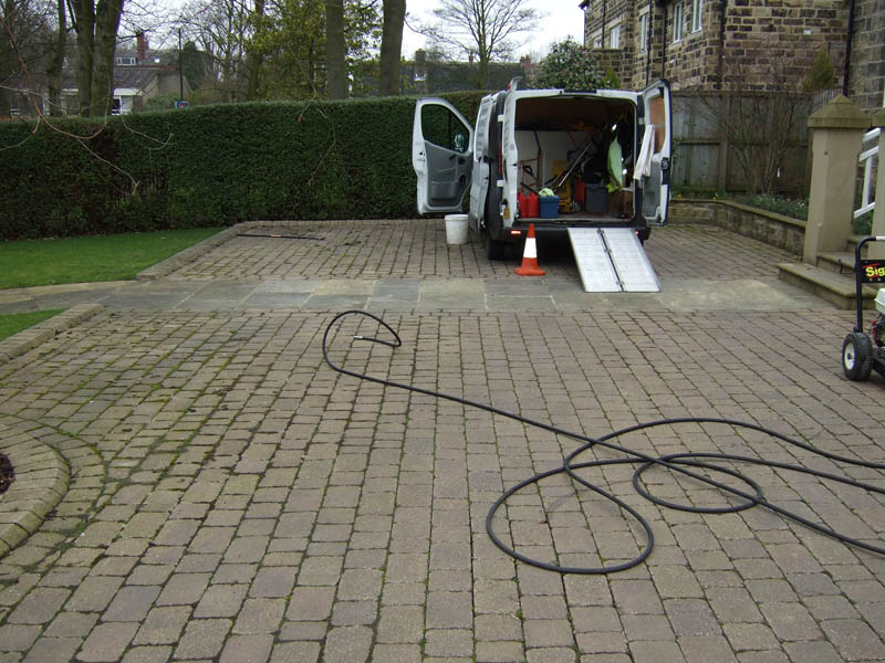 Leeds driveway cleaning