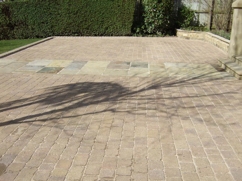 Driveway cleaning Leeds